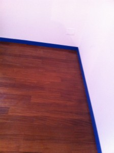 parquet battiscopa blu